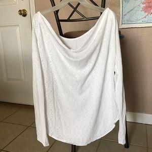 Beautiful white longsleeve top